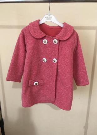 Пальто на девочку 3года