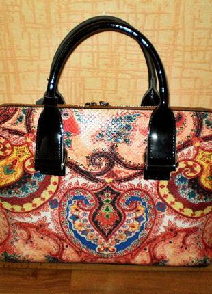 Кожаная сумка с орнаментом velina fabbiano