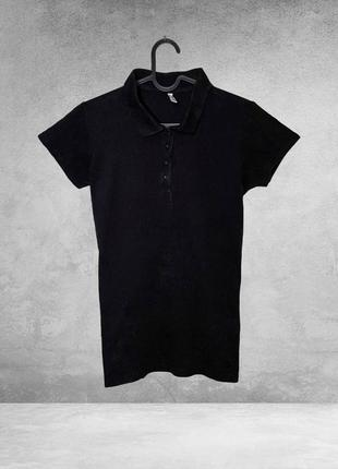 Черное простое поло с коротким рукавом
