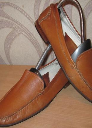 Продам кожаные  туфли-балетки фирмы  rockport 39 размера .производитель (сша)