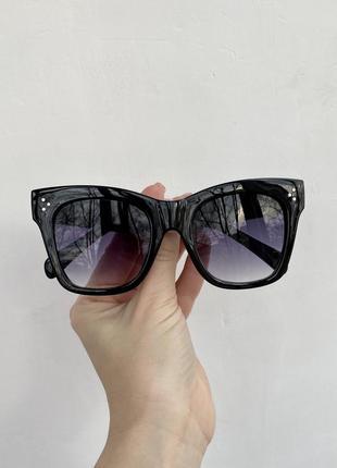 Солнцезащитные очки в стиле celine