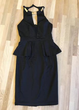 Красивое вечернее платье с баской