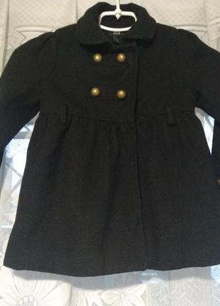 Пальто на девочку, 4-5 лет