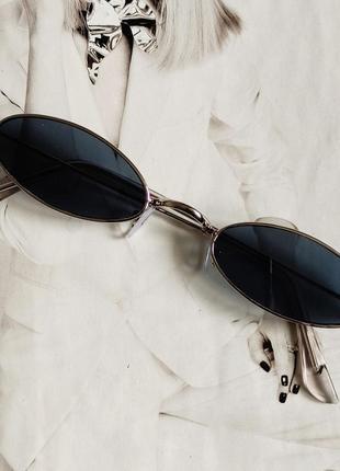 Солнцезащитные очки маленький овал чёрный в серебре