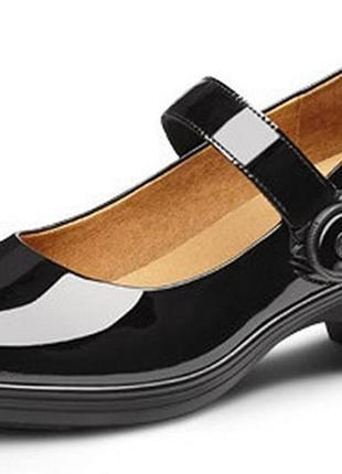 Комфортные лаковые туфли