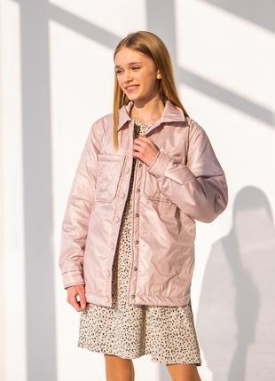 Дитяча куртка на дівчинку