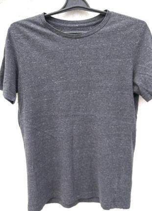 Стильная футболка basic by h&m