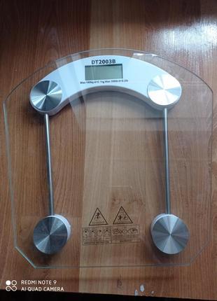 Весы напольные d&t 2003