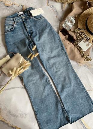 Укорочённые джинсы зара