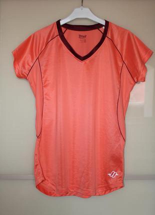 Спортивная футболка ( не adidas)
