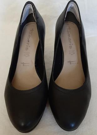 Кожаные туфли фирмы tamaris touch it ( германия) р.39 стелька 25,5 см