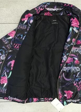 Нейлоновая куртка оверсайз с рисунком bershka - xs-s, m-l9 фото