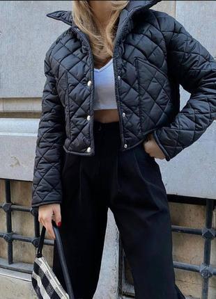 Легкая стёганная курточка