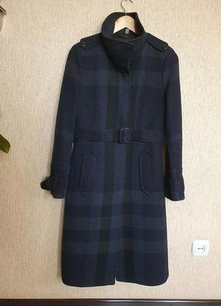 Шикарное пальто под пояс от мирового бренда burberry