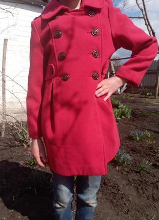 Демісезонне пальто на дівчинку 7-9 рочків.