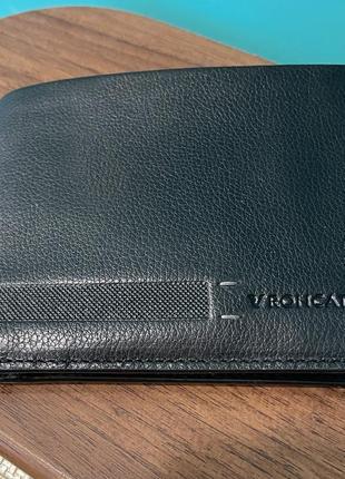 Кожаное портмоне бренда roncato