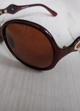Интересные женские солнцезащитные поляризационные очки окуляри arizona