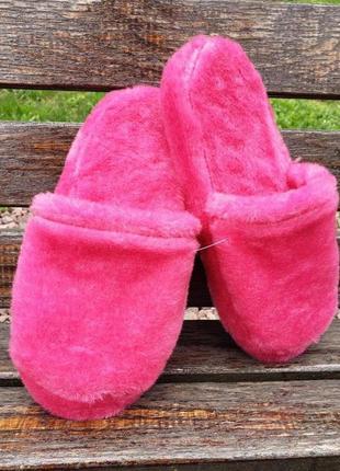 Тапочки из меха розовые на микропористой подошве, 36-41