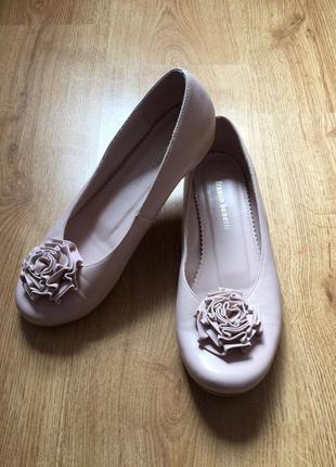 Новые кожаные красивейшие балетки franco banetti 39,5-40pp