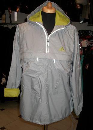 Adidas.курточка спортивная с отражателями. 40-42р.,европейский.