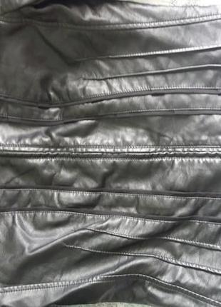 Очень стильная женская куртка colin's