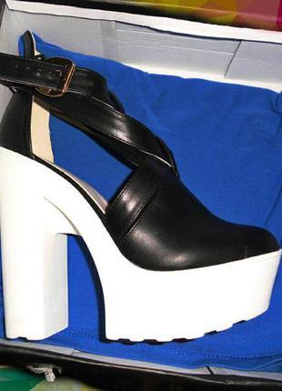 Невероятно крутые туфли