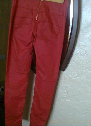 Красные джинсы скинни высокая посадка pieces