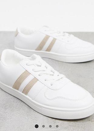 Білі кросівки 38 розмір нові
