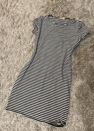 Летнее платье в полосочку