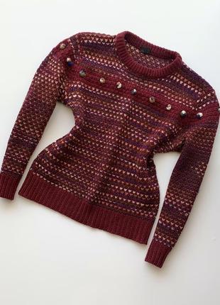 Вязаный бордовый свитер