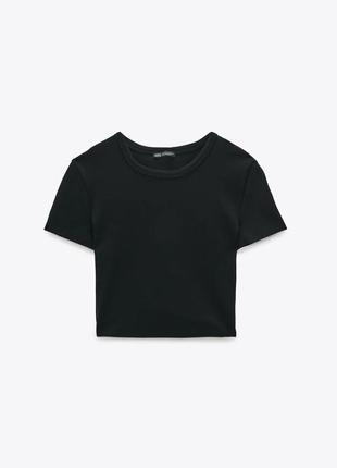 Плотный хлопковый топ zara. укороченная футболка. есть размеры.