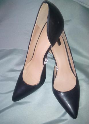 Актуальные туфли лодочки
