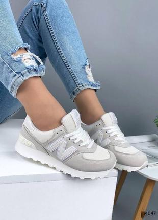 Светлые кроссовки6 фото