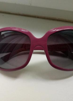 Круглые солнцезащитные очки стрекозы