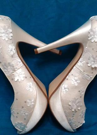 Нарядные свадебные туфли бренда  opulence, 39 размер