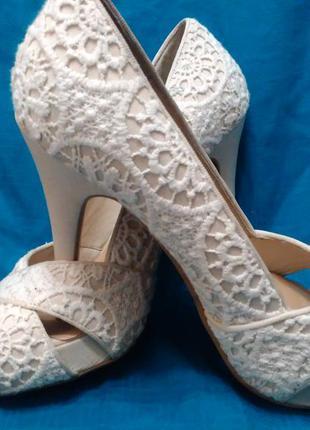 Нарядные свадебные туфли 38 размер