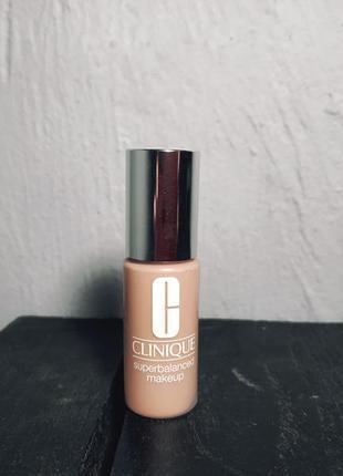 Тональный крем superbalanced makeup