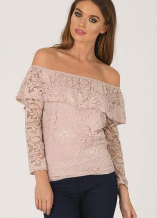 Пудровая кружевная блуза топ с открытыми плечами
