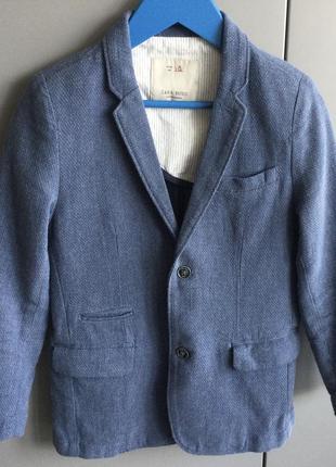 Пиджак для мальчика zara 128/8