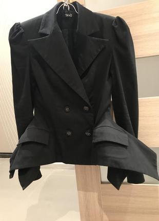 Пиджак tago