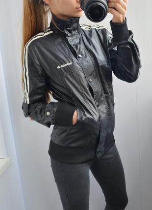 Куртка-ветровка adidas оригинал с-м