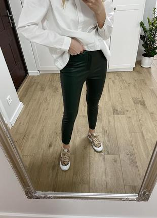 Кожаные легинсы/ кожаные штаны zara