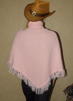 Красивая накидка розовое пончо с бахромой