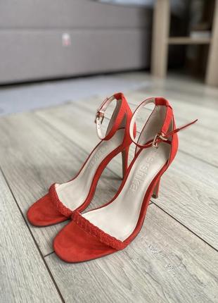 Коралловые босоножки bershka женские туфли