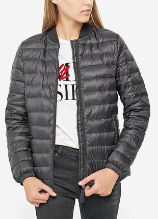 Новая пух-перо легкая куртка-бомбер  stradivarius (xs,s,m,l)