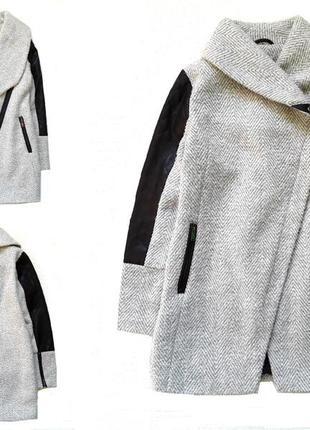 Модное пальто от zebra
