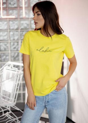 Трендовая футболка с надписью