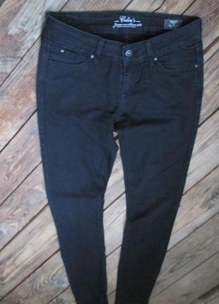 Черные джинсы colin's скинни 26/32, зауженный крой низкая посадка