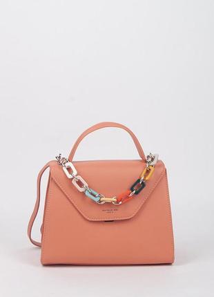 Красивая нежная сумочка
