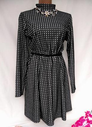 Актуальное тепле платье в клеточку с юбкой солнце клеш размер 14-16 (46-48)